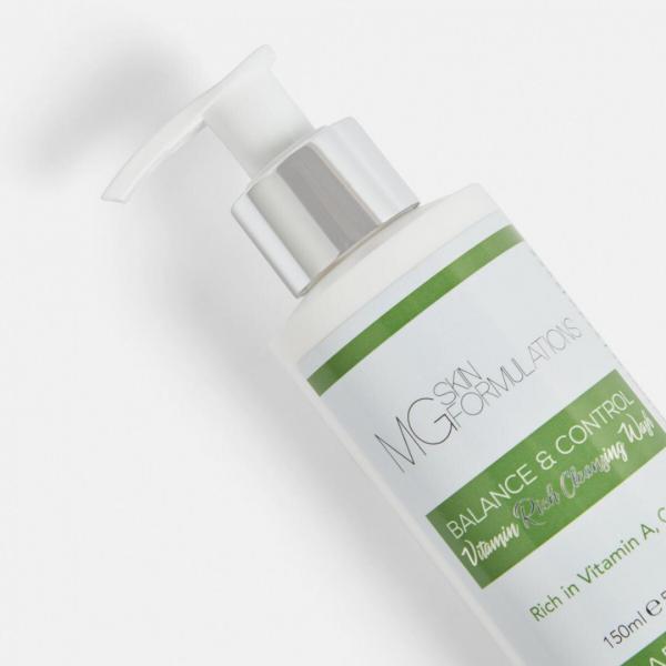 Balance & Control Vitamin Rich Cleansing Wash